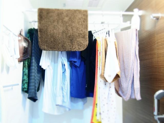 浴室乾燥機で素早く洗濯物を乾かすには?